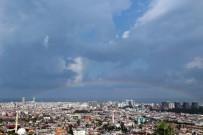 GÖKKUŞAĞI - Yağmur, Hortum Ve Gökkuşağı Bir Arada