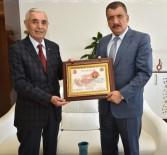 SELAHATTIN GÜRKAN - Başkan Gürkan'a Teşekkür Belgesi