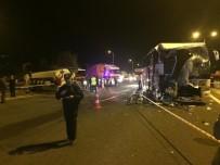 AKARYAKIT TANKERİ - Başkent'te Kontrolden Çıkan Otobüs, Akaryakıt Tankeri Ve Otomobile Çarptı