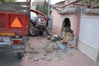 KARASENIR - Alkollü Sürücü Ölümden Döndü