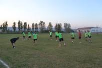MUSTAFA GÜLER - Bigadiç Belediyespor, Küçükköyspor Hazırlıklarına Başladı