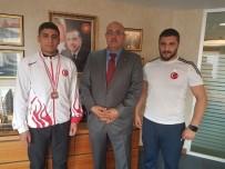 CUMHURİYET ALTINI - İşadamı Esat Ulu, Milli Sporcuları Ödüllendirdi