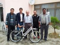 KALKıM - Kalkım Beldesinde Bisiklet Dağıtımı Başladı