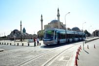 OTOBÜS DURAĞI - Konya'ya Üniversiteyi Yeni Kazanan Öğrencilere Ulaşım 7 Gün Ücretsiz
