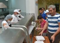 İSLAM ALEMİ - Mersin Büyükşehir Belediyesi'nden Alevilere İftar Yemeği