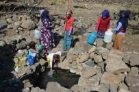 ALATOSUN - Köylüler Hayvanların Da Kullandığı, Dışkılarının Bulaştığı Kuyu Suyunu Mecburiyetten İçiyor