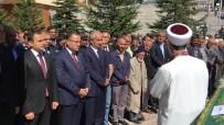 MEHMET BOZDAĞ - Adalet Bakanı Bekir Bozdağ, Akrabasının Cenaze Namazına Katıldı