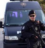POLİS ÖZEL HAREKAT - Antalya'da Okul Panosundaki Şehit Fotoğrafının Öğretmen Tarafından Buruşturulup Atıldığı İddiası
