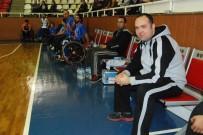 TEKERLEKLİ SANDALYE BASKETBOL - Büyükşehir'de Engelli Basketçiler Göz Kamaştırıyor