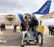 ÖNDER FIRAT - Fenerbahçeliler Borajet Uçağını Gezdi