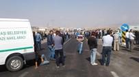 ÖLÜMLÜ - Ölümlü Kazaları Protesto Eden Vatandaşlar, Konya Yolunu Trafiğe Kapattı