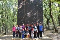 TUZLA BELEDİYESİ - Otizmli Çocuklar, Tuzla Belediyesi Gençlik Kampı'na Katıldı