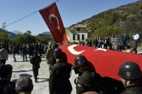 KEMALETTİN AYDIN - Şehit Cenazesinde Gözyaşları Sel Oldu
