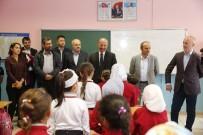 FURKAN DOĞAN - Suriyeli Öğrencilere Ücretsiz Defter Dağıtımı