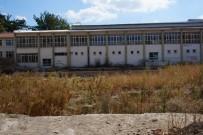 BÜLENT TURAN - Yıkılan Okulun Yer Teslimi Yapıldı