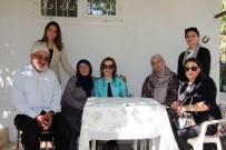 Elazığ'da Protokol Üyelerinin Eşleri, Şehit Ailesini Ziyaret Etti