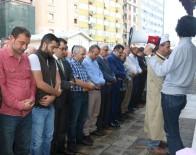 İNSAN HAKLARI ÖRGÜTÜ - Halep'teki Şehitler İçin Trabzon'da Gıyabi Cenaze Namazı Kılındı