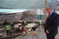GERMIYANOĞULLARı - Kütahya'daki Kazılarda Germiyanoğulları Dönemine Hamam Ve Mescit Bulundu