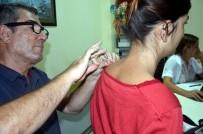 İĞNE TEDAVİSİ - Prof. Dr. Şendur, Bel Ve Boyun Fıtığı Hastalarını Uyardı
