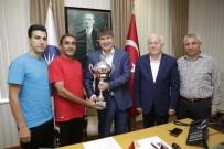 MENDERES TÜREL - Şampiyonlardan Türel'e Ziyaret