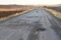 ÖRENCIK - Yozgat'ta Bozuk Köy Yolları Sürücülerin Tepkisini Çekiyor