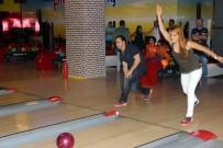 SESLİ KÜTÜPHANE - Bowling Turnuvasında  Kazanan Altınokta Körler Derneği Oldu