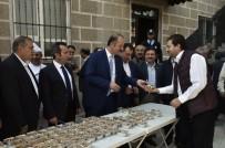 ABDULLAH ÖZER - Mamak Belediyesi'nden Aşure İkramı