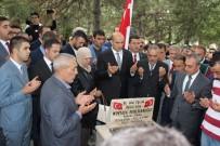 ÜLKÜCÜLER - Mustafa Pehlivanoğlu Kabri Başında Dualarla Anıldı
