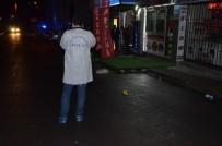 TAŞDELEN - Sokak Ortasında Darp Edilen Kadını Kurtarmak İsterken Bıçaklandılar