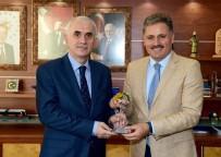 NİKAH SARAYI - AK Parti Genel Başkan Yardımcısı Kaya'dan Büyükşehir Belediyesi'ne Ziyaret