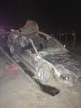 KEMERHISAR - Otomobil, Traktöre Çarptı Açıklaması 1 Ölü, 1 Yaralı