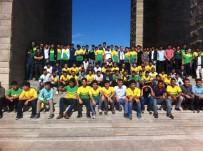 ŞANLIURFA VALİSİ - Şanlıurfalı Lise Öğrencilerinden Çanakkale'de Anlamlı Mesaj