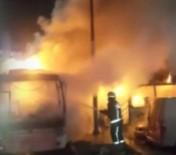 HALK OTOBÜSÜ - Yenibosna'da Otobüs Kundaklandı