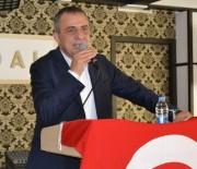 İBRAHIM SAĞıROĞLU - Yomra Belediye Başkanı İbrahim Sağıroğlu, Üniversite Öğrencileriyle Kahvaltıda Buluştu