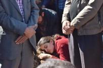 LEYLA GÜVEN - Yüksekova'da Hayatını Kaybedenler Toprağa Verildi