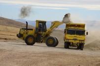 ÜÇPıNAR - Darende'de Yol Yapım Çalışmaları Devam Ediyor