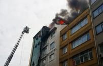 MECIDIYEKÖY - İstanbul'da Alüminyum Şirketinin Çatısı Alev Alev Yandı, Çalışanları Gözyaşı Döktü