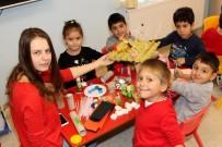 SIYAH BEYAZ - Mimarlar Görevlerini Çocuklara Bıraktı