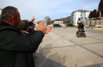 MEHMET YıLMAZ - 107 Yaşındaki Mehmet Dede Açıklaması Tek Rakibim Sofuoğlu