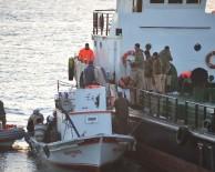 KAÇAK GÖÇMEN - Çanakkale Boğazı'ndaki Gemiden 370 Kaçak Çıktı