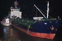 KİMLİK TESPİTİ - Çanakkale'de Yük Gemisinde Nefes Kesen Mülteci Operasyonu