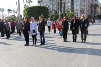 GARNIZON KOMUTANLıĞı - Mersin'de Atatürk İçin Saat 09.05'Te Hayat Durdu
