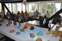 EBRU SANATı - Huzurevinde Yaşam Boyu Sanat Yaşama Bağlıyor