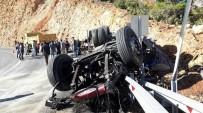 Karaman'da Devrilen Kamyonun Sürücüsü Hayatını Kaybetti