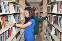 MUSTAFA TALHA GÖNÜLLÜ - Kütüphanedeki Kitaplar Okuyucularını Bekliyor