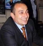 Öldürülen AK Partili Başkan Yardımcısının Ailesi Zanlının Yurt Dışına Kaçmasından Endişe Ediyor