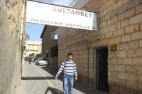 YERLİ TURİST - Terör Olayları Şanlıurfa'daki Turizm Sektörünü Zora Soktu