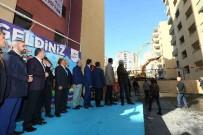 METRO İSTASYONU - Bağcılar'da Kentsel Dönüşüm Projesi İçin Yıkım Yapıldı