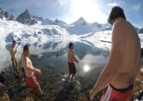 GÖLLER - Dondurucu Soğuğa Aldırmadılar!