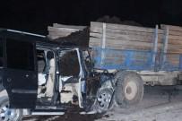 MEHMET AK - Düzce'de Feci Kaza Açıklaması 1 Kişi Öldü, 2 Kişi Yaralandı